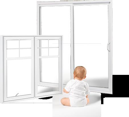 Bébé regardant par les fenêtre de Portes et fenêtres laval